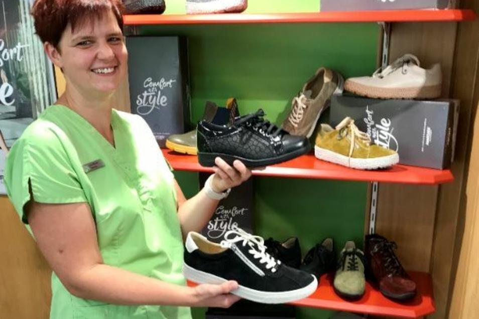 Im Schuhhaus ist die Auswahl für Damen bis Größe 46 groß.