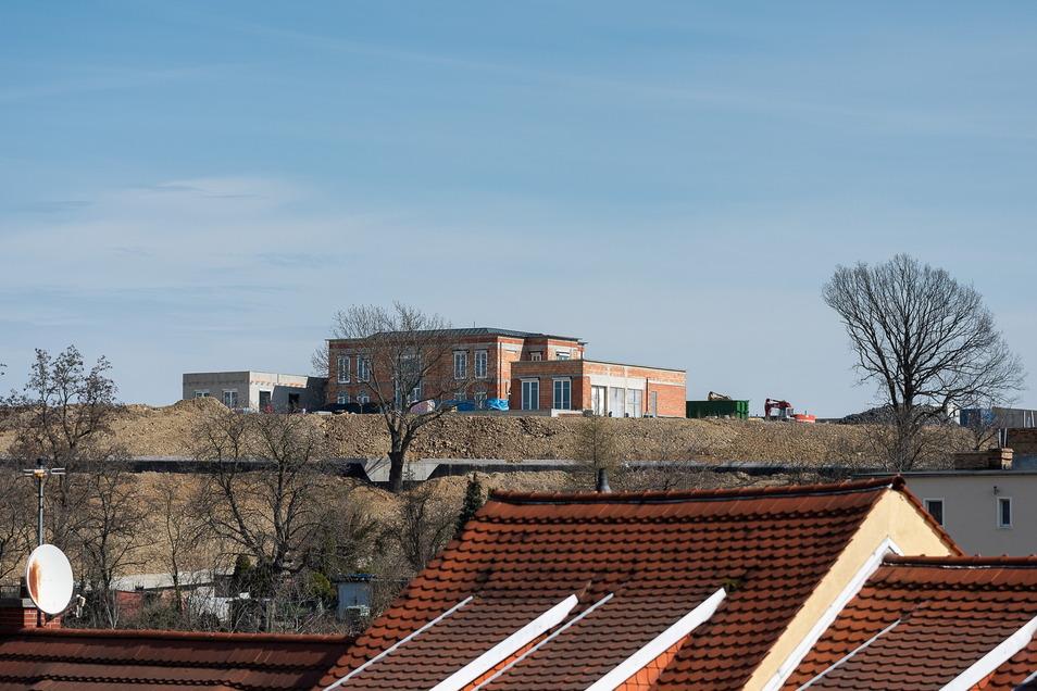 Blick von der Peterskirche in Görlitz zur Villen-Baustelle in Zgorzelec.