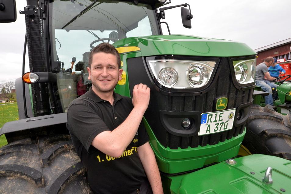 Nico Hartmann vom Oelsnitzer Traktor Tuning Club organisiert auch das diesjährige Traktorentreffen.