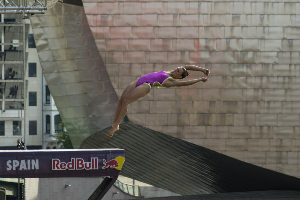 Vor der Kulisse des Guggenheim-Museums in Bilbao absolvierte Iris Schmidbauer ihren bisher letzten Wettkampf. Das war im September 2019.