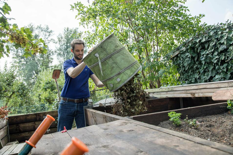 Grünabfall gehört auf den Kompost. Aber nicht, wenn die alten Pflanzen mit Pilzen oder Schädlingen befallen sind.