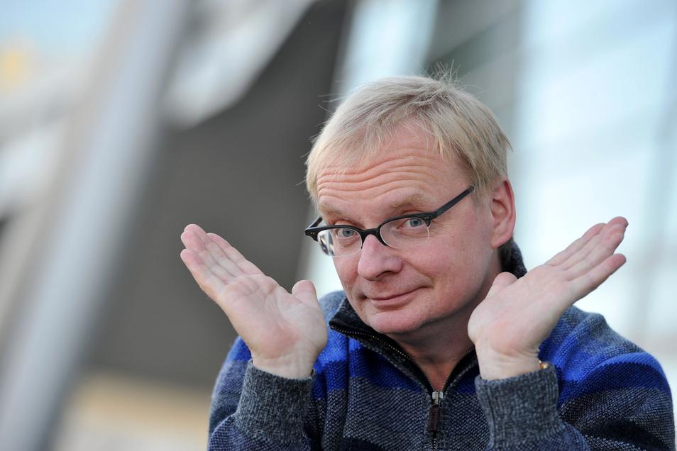 Der Dresdner Kabarettist Uwe Steimle wollte das neue Verwaltungszentrum auf dem Ferdinandplatz verhindern und schaffte es mit einer Petition bis in den Stadtrat.