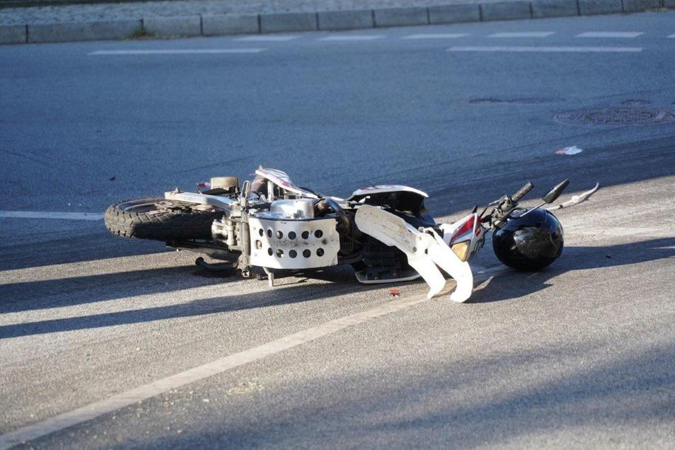 Ein Kradfahrer und ein Pkw stießen am Sonnabend in Salzenforst zusammen.