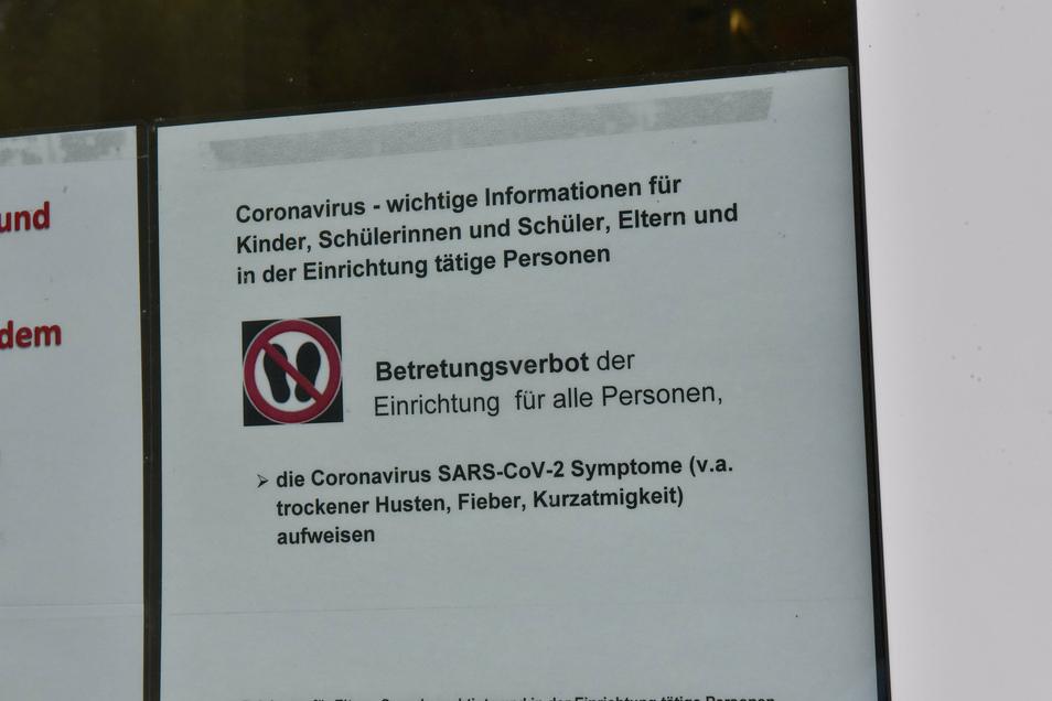 Am Glückauf-Gymnasium in Altenberg warnt das Gesundheitsamt Pirna.