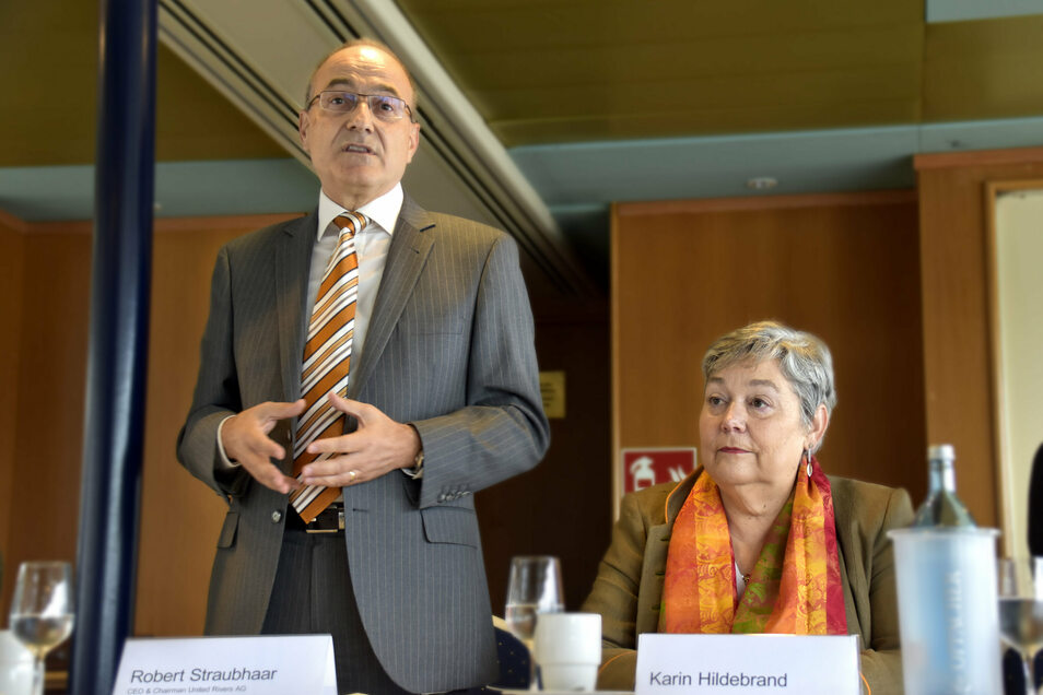 Der Neue: Robert Straubhaar und die jetzige Geschäftsführerin Karin Hildebrand