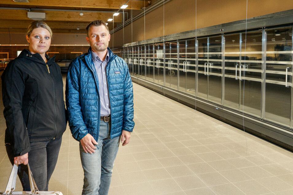 Jennifer und Robert Schulze, die den Edeka-Markt in Niesky betreiben, eröffnen am 26. November einen weiteren Standort in Bautzen-Oberkaina.