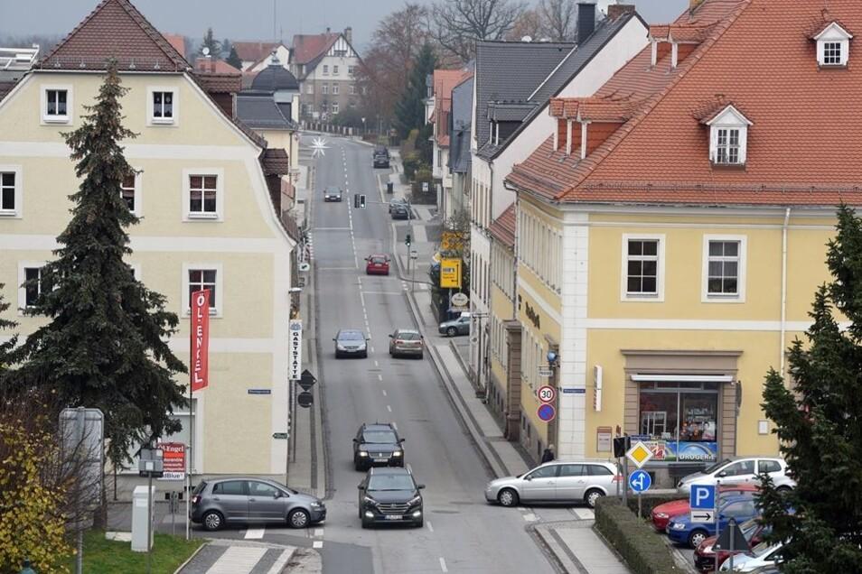 Neue Blickwinkel: Die Aussicht vom neuen entstehenden Schulgebäude in Richtung Löbauer Straße.