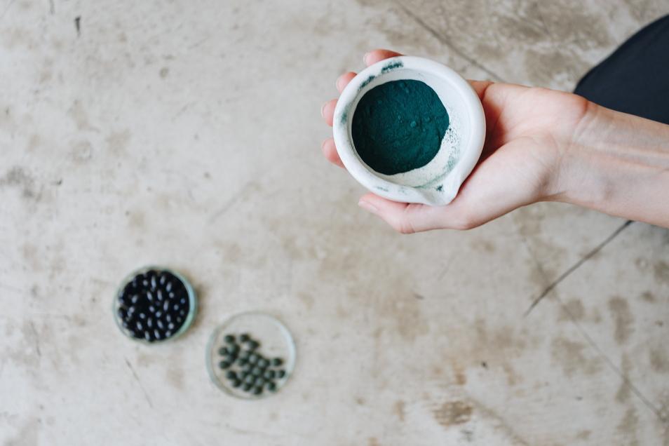 Laut Aquatech Lausitz ist Mikroalgenbiomasse eine Quelle für nachhaltig produzierte und biobasierte Lebensmittel und Wirkstoffe.
