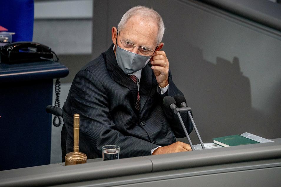 Wolfgang Schäuble im Bundestag: Hier gilt seit Anfang Oktober Maskenpflicht - sehr zu Missfallen einiger AfD-Abgeordneter.