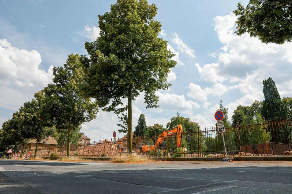 Die Kaserne Villingenring 2 in Zittau ist bereits abgerissen. Weitere Gebäude im ehemaligen Armeegebiet sollen folgen.