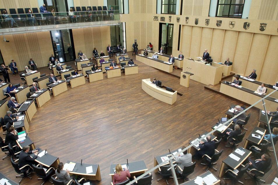 Der Bundestag muss die Neuerungen noch beschließen, danach ist der Bundesrat noch einmal abschließend am Zug.