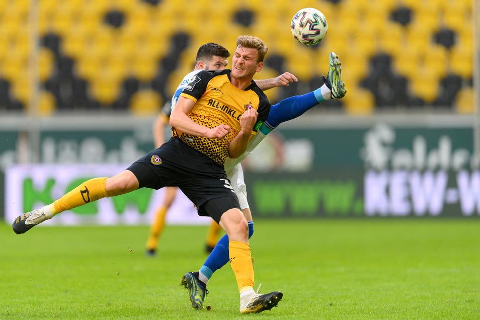 Christoph Daferner haut sich voll rein. Wahrscheinlich kann er das auch am Ostersonntag gegen Hansa Rostock.
