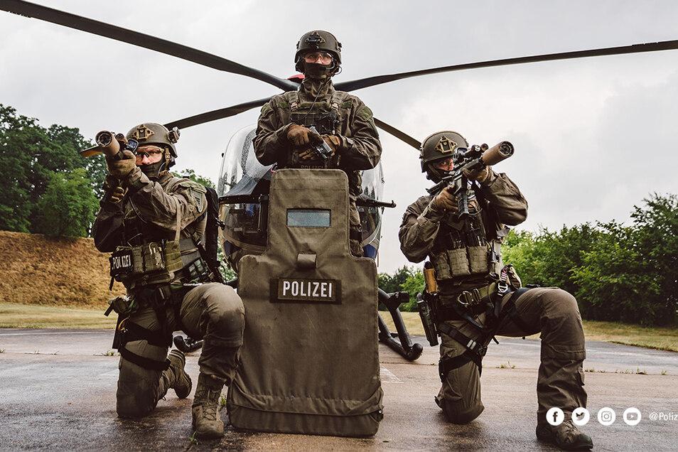 Dieses Bild hat der sächsischen Polizei viel Kritik eingebracht.