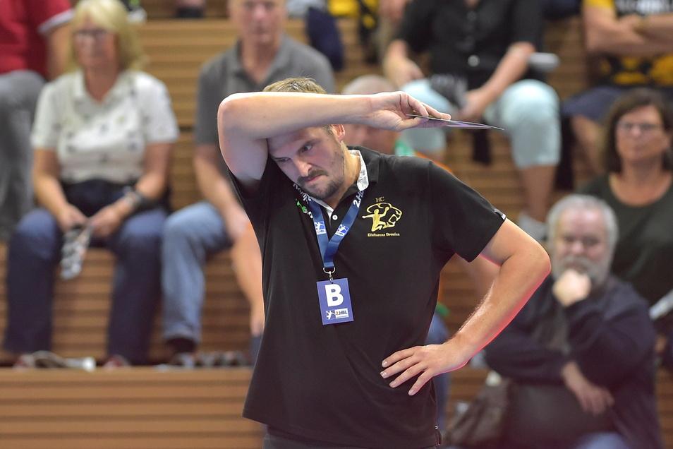 Der schlechte Saisonstart der Handballer des HC Elbflorenz bereitet Trainer Rico Göde bereits Kopfzerbrechen. Auch in Hüttenberg setzte es eine Niederlage.