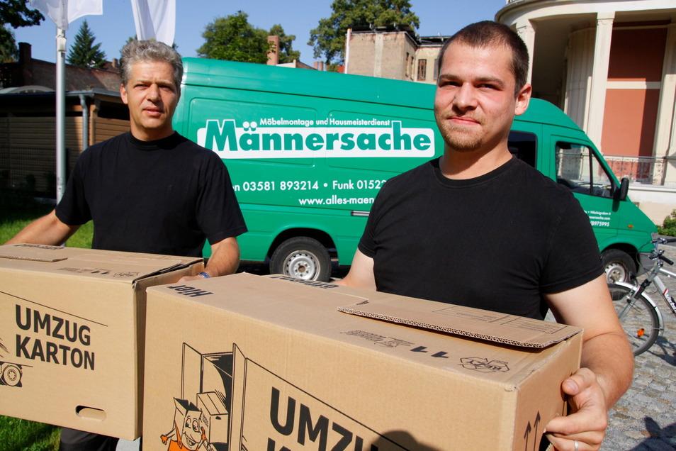 Peter und Stephan Schaefer machten sich vor Jahren mit ihrer Umzugs- und Hausmeisterfirma Männersache in Görlitz selbstständig.