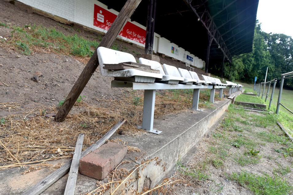 Das Stadion am Löbauer Berg hat seine besten Tage hinter sich.