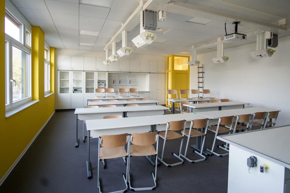 Das Fachkabinett im Schulneubau kann sowohl für Biologie und Chemie als auch für Physik genutzt werden.