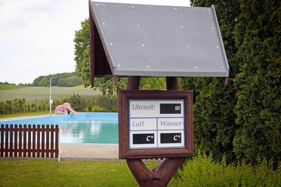 In Großnaundorf bleibt das Freibad in diesem Jahr geschlossen - wegen der hohen Auflagen zum Schutz vor dem Coronavirus.