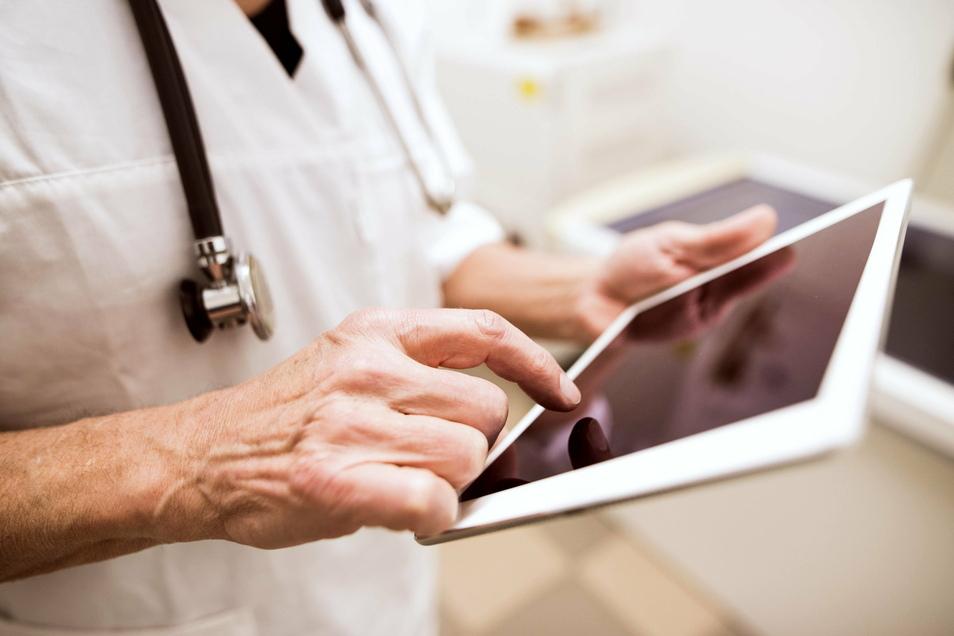 Mit der elektronischen Patientenakte sollen medizinische Unterlagen an einer Stelle digital gebündelt werden.