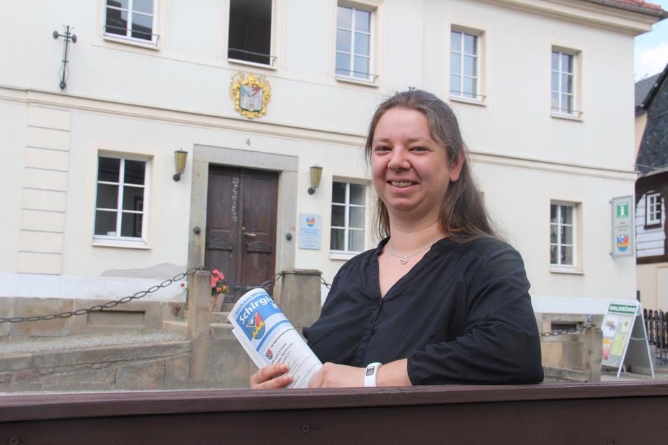 Maria Hörhold ist die neue Mitarbeiterin im Vorzimmer von Bürgermeister Sven Gabriel im Rathaus von Schirgiswalde-Kirschau.