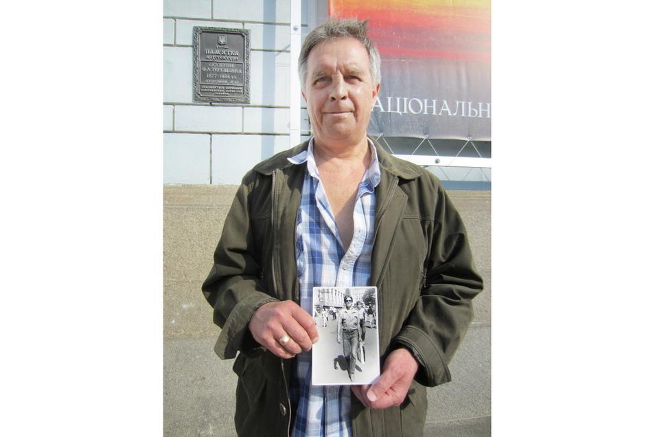 Ilja Suslow (60, r.) war 1986 als Vorarbeiter bei der Errichtung des Betonsarkophags dabei.