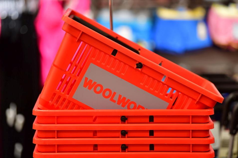 Charakteristisch für Woolworth sind die roten Einkaufskörbe.