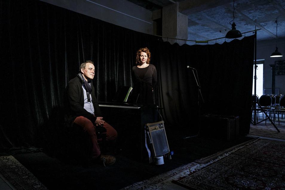 Björn Bewerich und Julia Boegershausen im Literaturhaus Alte Synagoge.