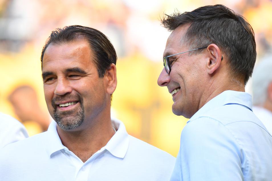 Ulf Kirsten, hier mit Dynamos kaufmännischem Geschäftsführer Michael Born, ist in Dresden immer noch gern gesehener Gast.