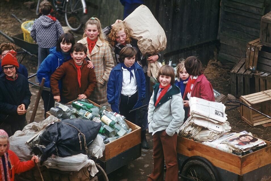 Recycling auf Ostdeutsch: Flaschen, Gläser und Altpapier wurden zu den Annahmestellen für Sekundärrohstoffe gebracht. Aus der Not wurde im DDR-Alltag die Tugend eines nachhaltigen Lebensstils.