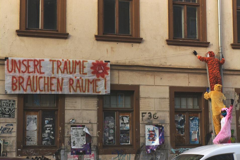 Blick auf das Banner an der Katharinenstraße.