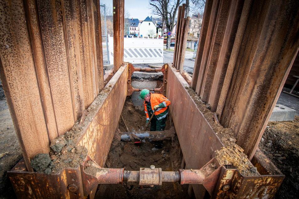 Auch im Käbschütztaler Ortsteil soll bald wie hier ein neuer Abwasserkanal gebaut werden.