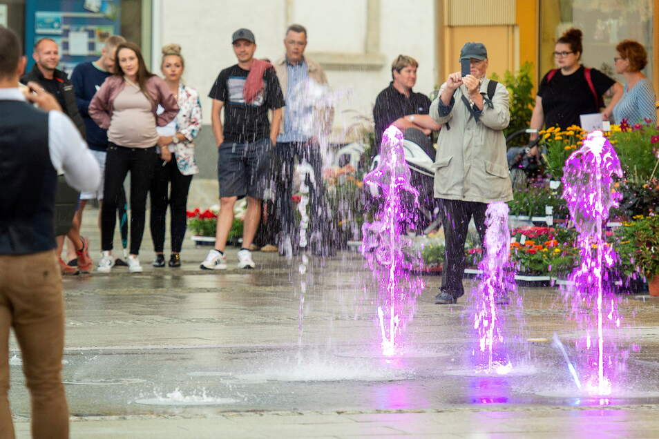 Das Wasserspiel belebt seit vorigem Juli die Heidenauer Ernst-Thälmann-Straße.