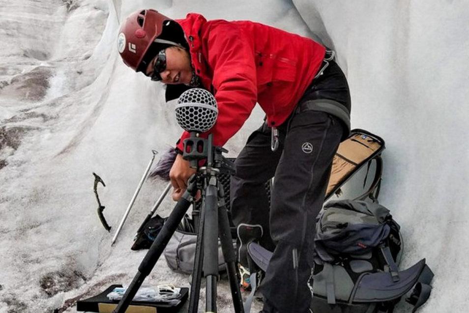 Die TU-Musikwissenschaftlerin Miriam Akkermann war Teil einer besonderen Forschungsreise zu den Gletschern Ecuadors. Dort machte sie ganz spezielle Tonaufnahmen.