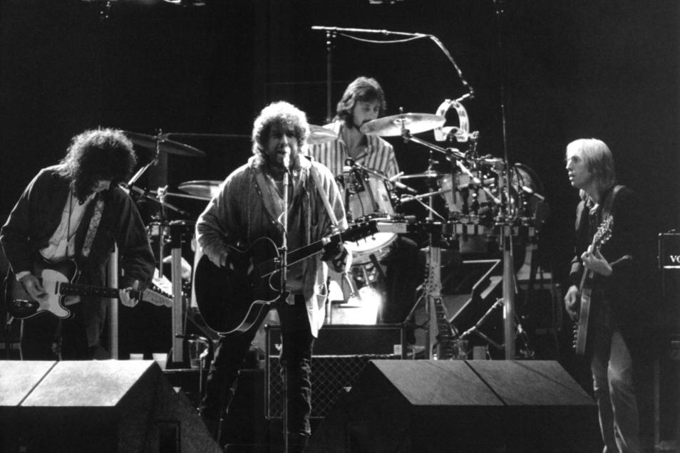 """Systemstabilisierend? Von Bob Dylan erwartete die Stasi """"keine negativen Emotionen"""" gegenüber dem Publikum."""