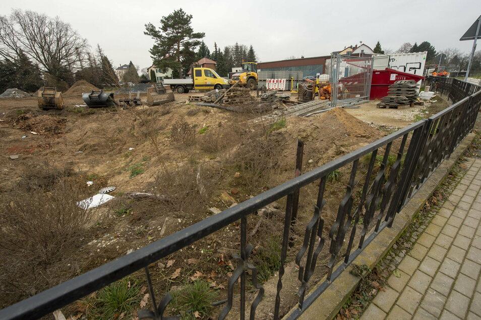Auf dem Eckgrundstück Serkowitzer, Südstraße plant die Besitzgesellschaft, Mehrfamilienhäuser zu bauen.