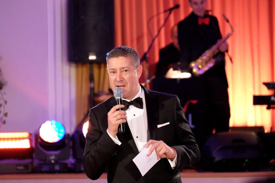 Oft und gern in Meißen zu Gast. Hier bei der Ballnacht des Burgkellers 2017:  RTL-Juror und Aufzugtester Joachim Llambi.