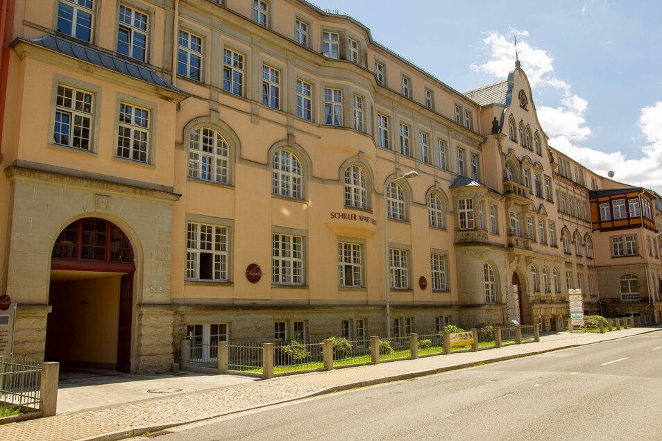 Schillerapartments an der Sebnitzer Schillerstraße: Die frühere Blumenfabrik Hugo Werner wurde zum seniorengerechten Wohnkomplex.
