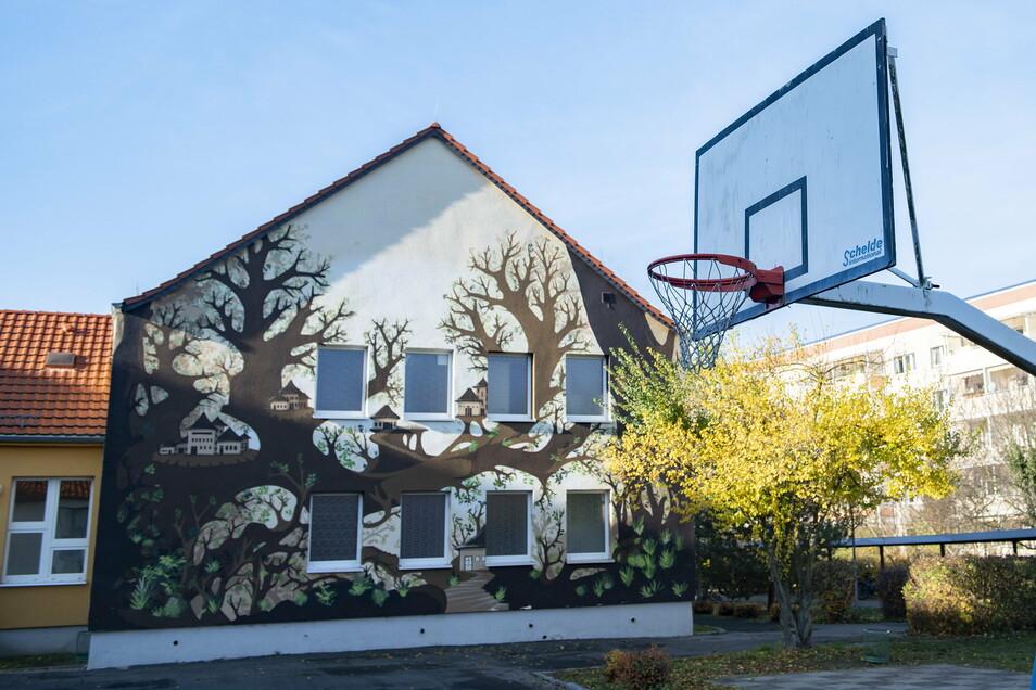 An der Oberschule Kupferberg in Großenhain stehen umfangreiche Sanierungsarbeiten an der Sporthalle sowie den Abwasseranlagen ins Haus.