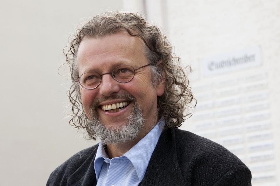 Der Dresdner Dichter Thomas Rosenlöcher eröffnete die Lesereihe.
