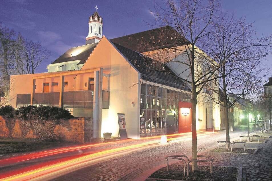 Eine gelungene architektonische Verbindung von alt und neu in der Löbauer Johannisstraße ist die Johanniskirche mit ihrem modernen Funktionsanbau geworden.