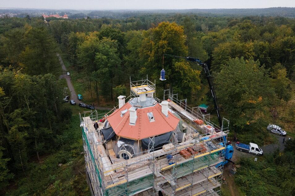 Die Aufnahme aus der Vogelperspektive zeigt die Sichtachse zum Moritzburger Schloss.