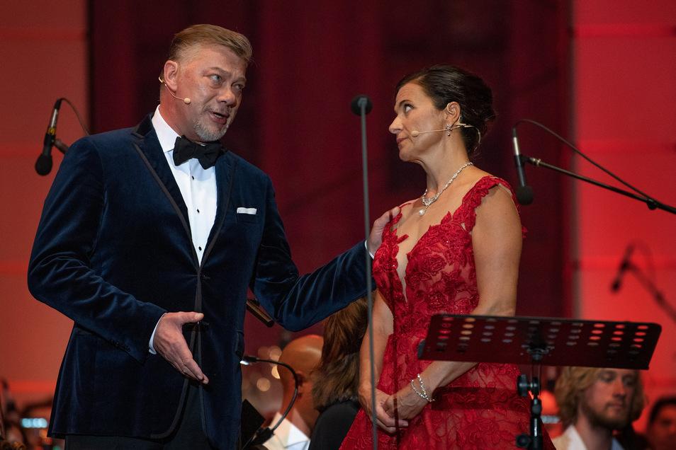 2019 begeisterten René Pape (Bass) und(Sopranistin) Barbara Krieger beim Dresdner Classic Open Air. a