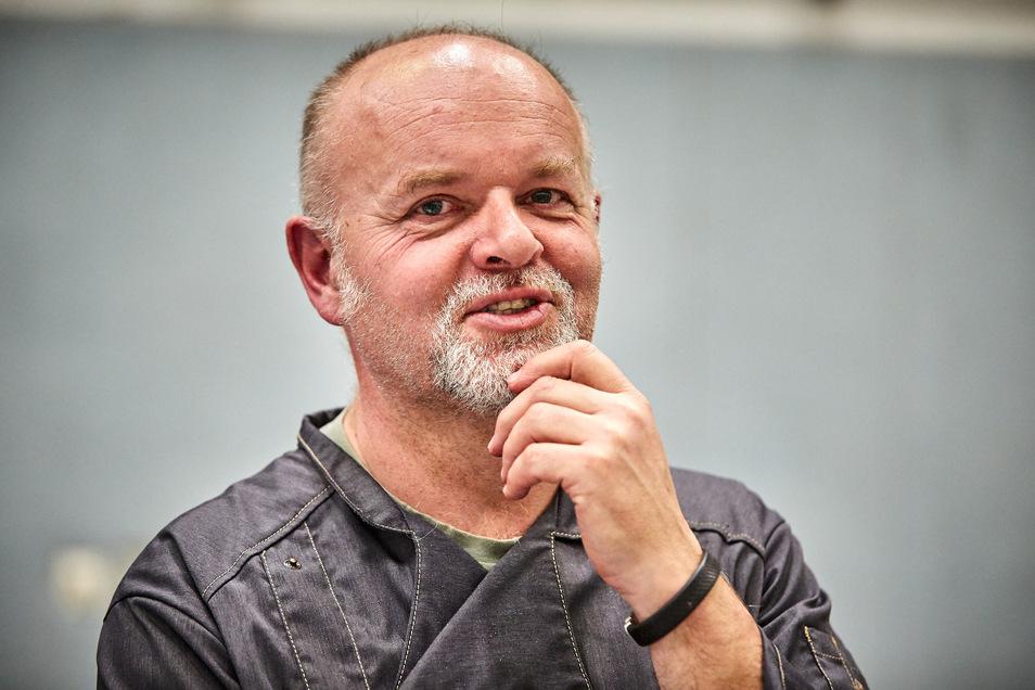 Geschäftsführer Uwe Heller macht sich derzeitviele Gedanken um die Zukunft der SG Pirna Heidenau. Die Unterstützung von Fans und Sponsoren ist dem Oberligisten sicher, wie der Ansturm auf die Geisterspiel-Tickets beweist.