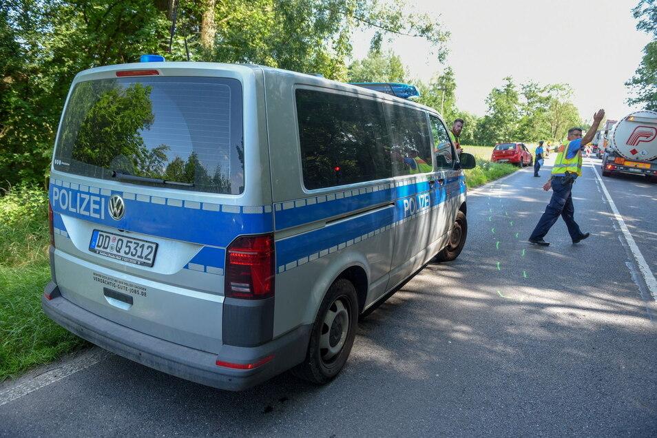 Die Polizei regelte vor Ort den Verkehr.