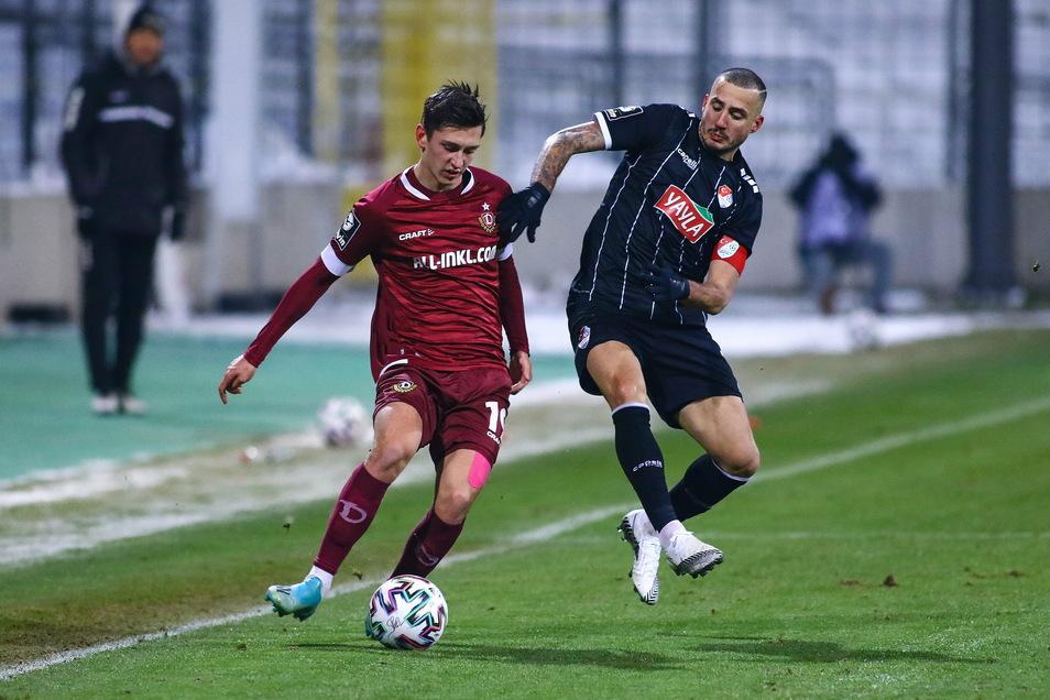 Jonathan Meier gegen Münchens Torschützen Sercan Sararer.