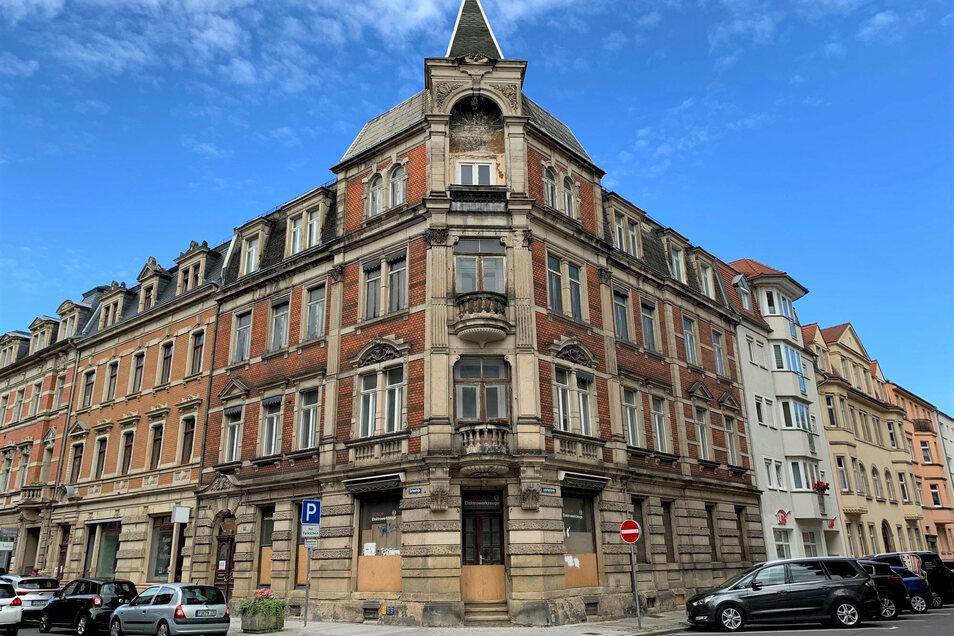 Haus Gartenstraße 34 in Pirna: In den oberen Etagen entstehen neun Wohnungen.