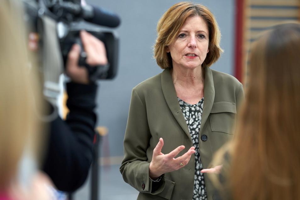 Die neue Regierung in Mainz steht. Bei der konstituierenden Sitzung des neuen Landtags am 18. Mai soll Ministerpräsidentin Malu Dreyer erneut zur Regierungschefin gewählt werden.