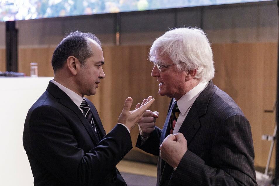Der Görlitzer OB Octavian Ursu im Gespräch mit dem Kaufhaus-Besitzer Winfried Stöcker.