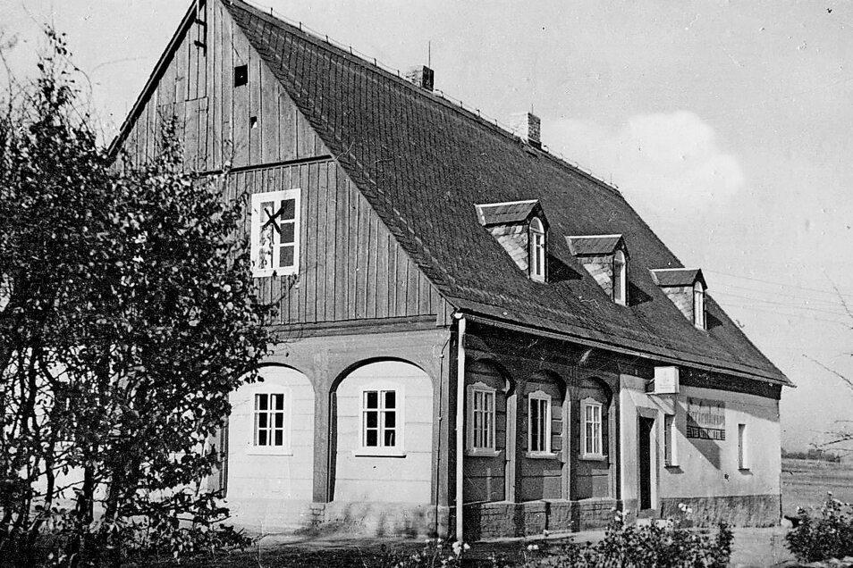 Zum Koenneritzgut gehörte auch die Obere Brennerei. Die Gaststätte war zu DDR-Zeiten Ferienheim der Keulahütte Krauschwitz bei Weißwasser.