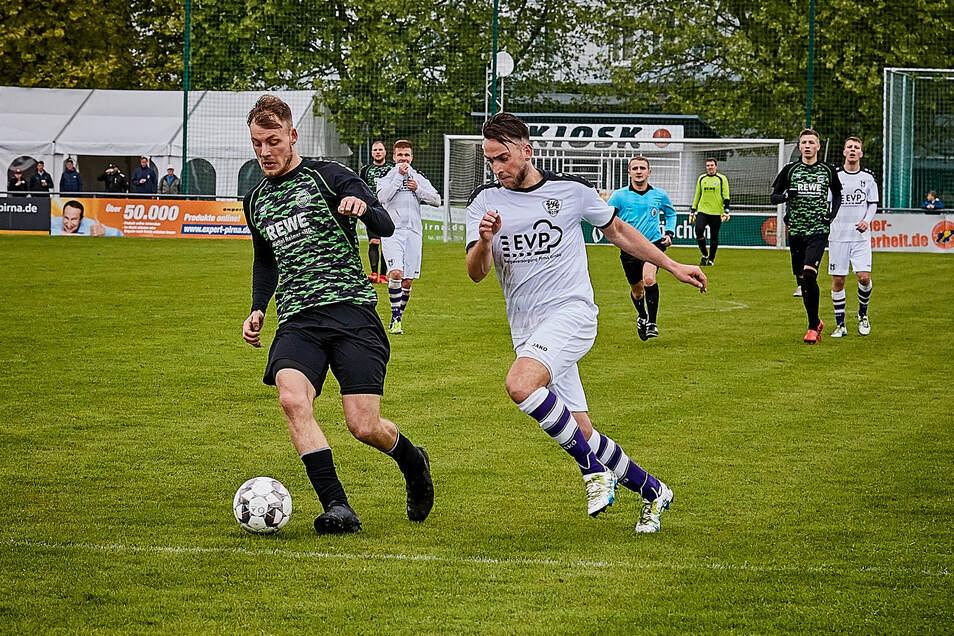 Kapitän Tim Baumann (rechts) führte den VfL Pirna-Copitz in der abgebrochenen Landesliga-Saison auf Rang drei. 2020/21 ist ein Medaillenplatz erneut das Ziel.